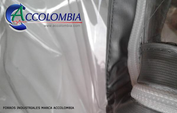 La imagen tiene un atributo ALT vacío; su nombre de archivo es forros-industriales-colombia-accolombia.jpg